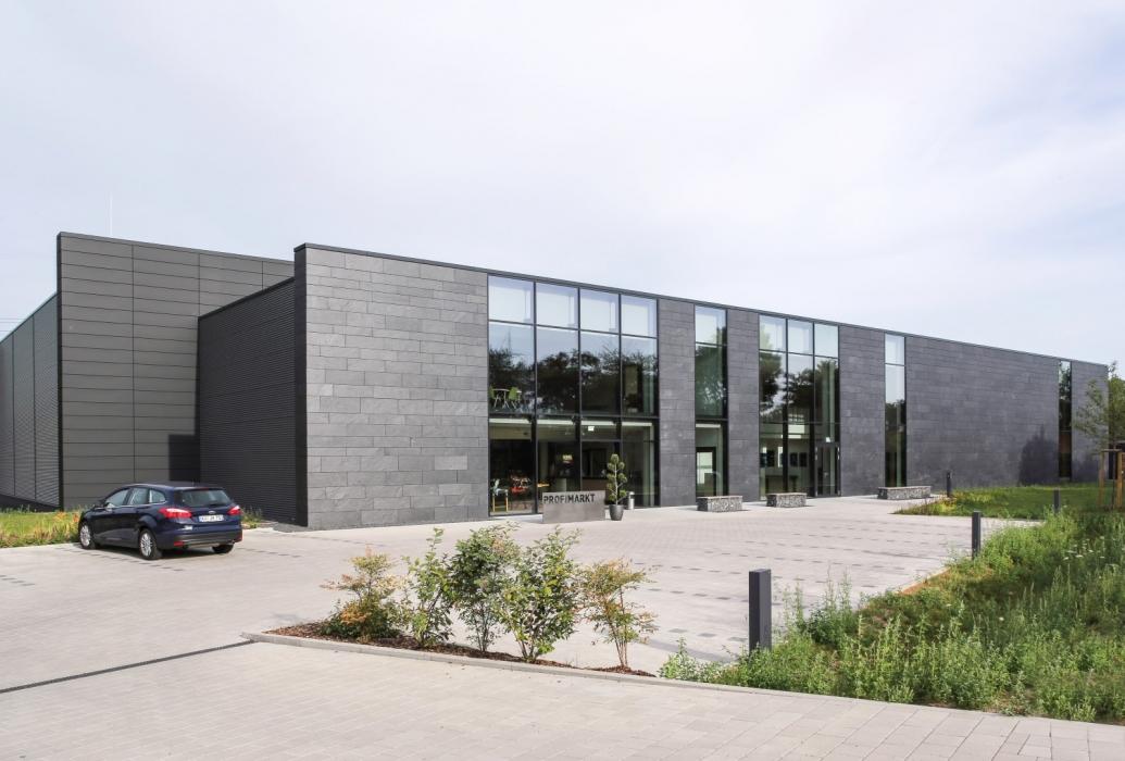 Elewacja budynku firmy w Niemczech